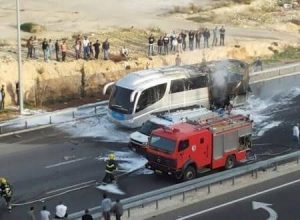 Bus in Sderot Takes Direct Rocket Hit